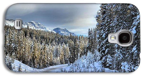 Snow On The Bow Valley Parkway Galaxy S4 Case