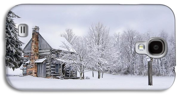 Snowy Cabin Galaxy S4 Case