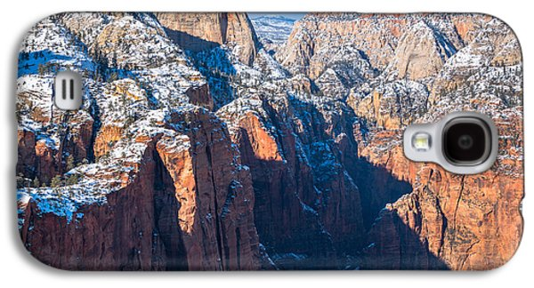 Snowy Cliffs Of Zion National Park Galaxy S4 Case by James Udall