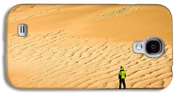 Galaxy S4 Case featuring the photograph Solitude In The Dunes by Rikk Flohr