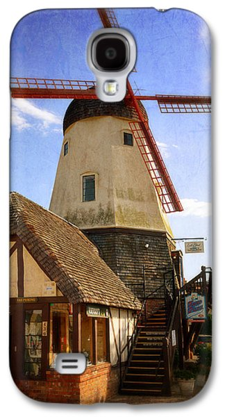Solvang - Small Town America Galaxy S4 Case by Glenn McCarthy Art and Photography