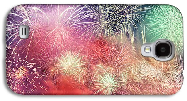 Spectacular Fireworks Show Light Up The Sky. New Year Galaxy S4 Case