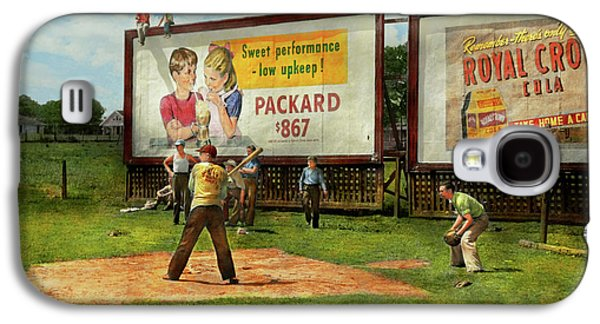 Sport - Baseball - America's Past Time 1943 Galaxy S4 Case by Mike Savad