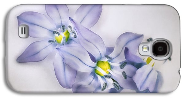 Spring Flowers On White Galaxy S4 Case