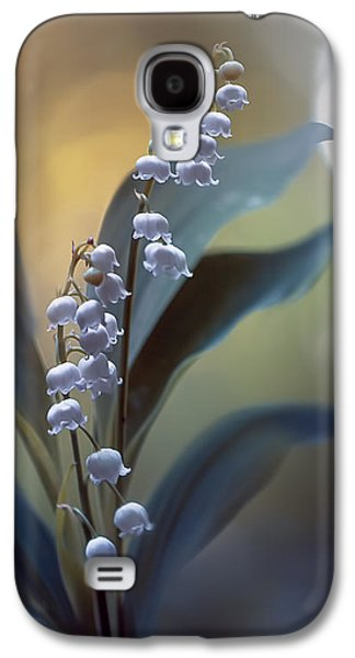 Lily Galaxy S4 Case - White Pearls by Magda  Bognar