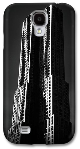 Galaxy S4 Case featuring the photograph Spruce Street By Gehry by Jessica Jenney
