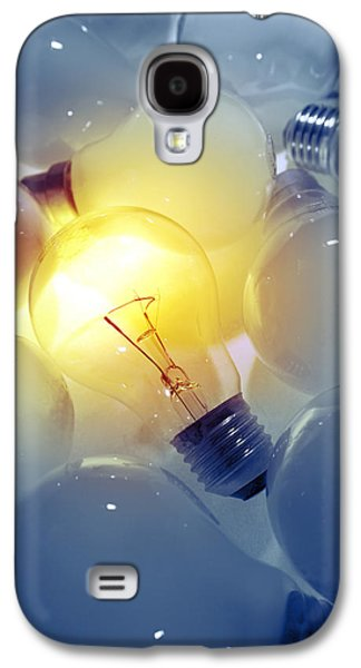 Standing Out From The Crowd Galaxy S4 Case by Les Cunliffe