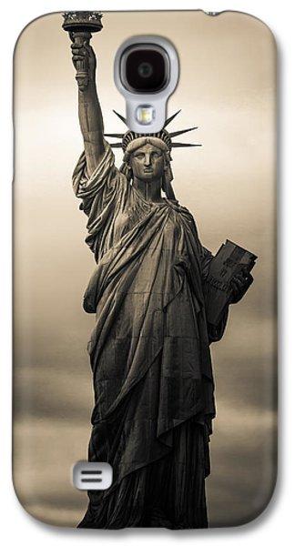 Statute Of Liberty Galaxy S4 Case by Tony Castillo