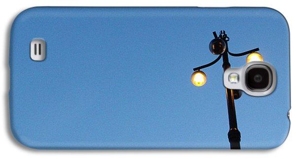 Studio Galaxy S4 Case - Stockholm Street Lamp by Linda Woods