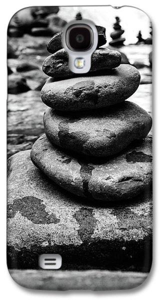 Stones Pyramid In Black And White  Galaxy S4 Case by Evgeniya Lystsova