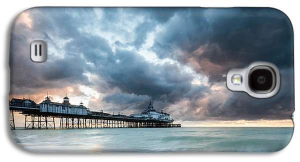 Stormy Sunrise Over Eastbourne Pier Galaxy S4 Case