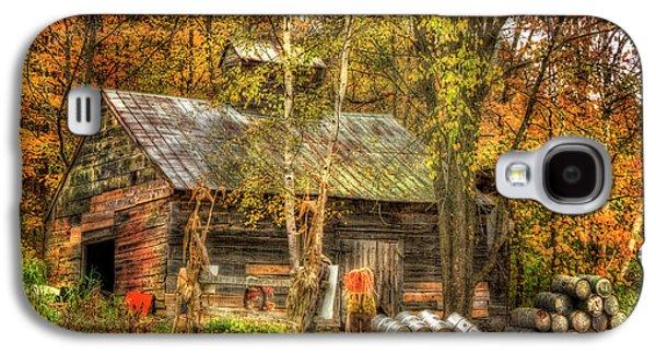 Sugarhouse At Sugarbush Farm - Woodstock Vermont Galaxy S4 Case by Joann Vitali