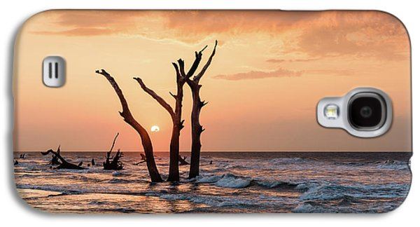 Bull Galaxy S4 Case - Sun Is Up by Ivo Kerssemakers