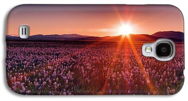 Sun Rays At Camas Prairie Galaxy S4 Case by Leland D Howard