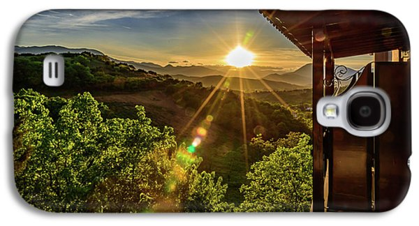 Sunburst View From Dellas Boutique Hotel Near Meteora In Kastraki, Kalambaka, Greece Galaxy S4 Case