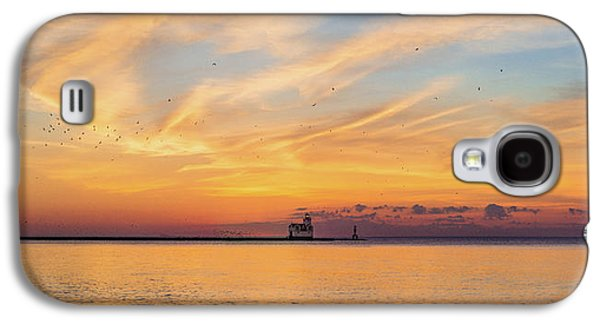 Galaxy S4 Case featuring the photograph Sunrise And Splendor by Bill Pevlor
