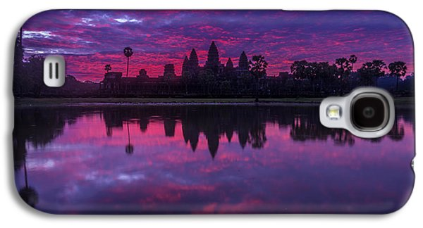 Sunrise Angkor Wat Reflection Galaxy S4 Case by Mike Reid