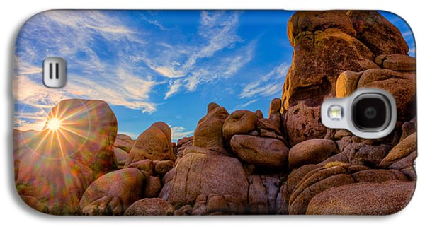 Galaxy S4 Case featuring the photograph Sunrise At Skull Rock by Rikk Flohr