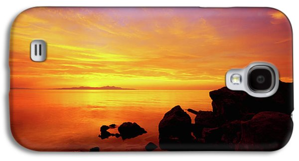 Sunset And Fire Galaxy S4 Case by Chad Dutson