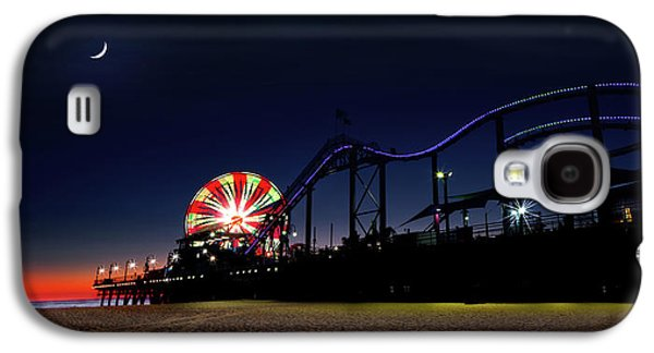Sunset And Moonset At Santa Monica Pier Galaxy S4 Case by Mark Andrew Thomas