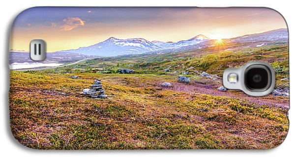 Sunset In Tundra Galaxy S4 Case by Dmytro Korol