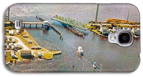 Surf City Swing Bridge Galaxy S4 Case by Betsy Knapp