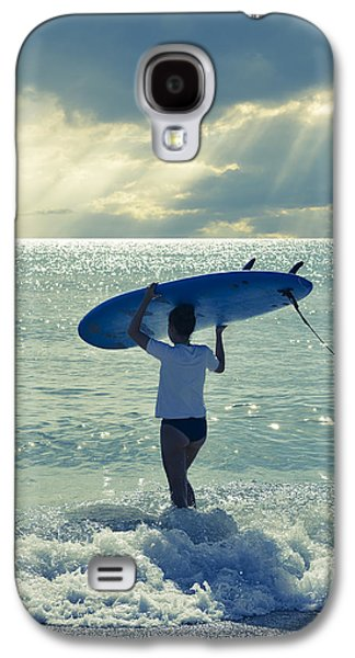 Surfer Girl Galaxy S4 Case by Laura Fasulo