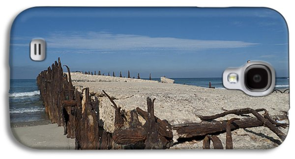 Galaxy S4 Case featuring the photograph Tel Aviv Old Port 2 by Dubi Roman