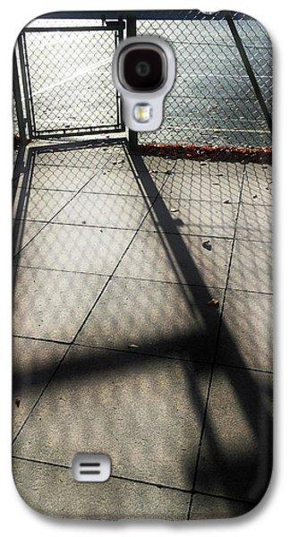Tennis Court Shadows Galaxy S4 Case by Tom Gowanlock