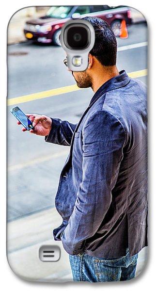 Man Texting Galaxy S4 Case
