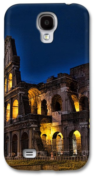 The Coleseum In Rome At Night Galaxy S4 Case by David Smith