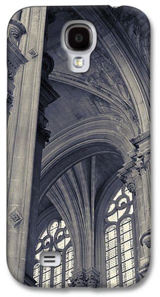 Galaxy S4 Case featuring the photograph The Columns Of Saint-eustache, Paris, France. by Richard Goodrich