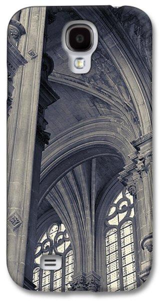 The Columns Of Saint-eustache, Paris, France. Galaxy S4 Case by Richard Goodrich