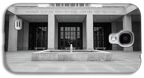 The George W. Bush Presidential Library And Museum  Galaxy S4 Case by Robert Bellomy