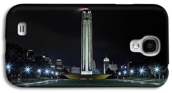 Galaxy S4 Case featuring the photograph The Kansas City Liberty Memorial by JC Findley