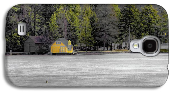 Galaxy S4 Case featuring the photograph The Lighthouse On Frozen Pond by David Patterson