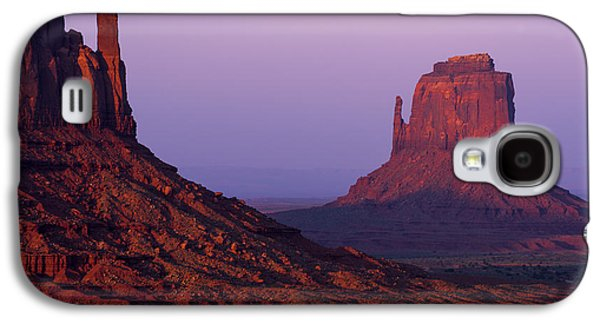 The Mittens Galaxy S4 Case by Chad Dutson