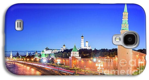 Moscow Galaxy S4 Case - Moskva River by Delphimages Photo Creations