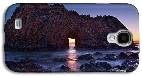 The Portal - Sunset On Arch Rock In Pfeiffer Beach Big Sur In California. Galaxy S4 Case
