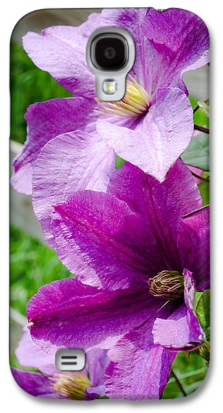 The Purple Flowers Galaxy S4 Case by Amy Turner