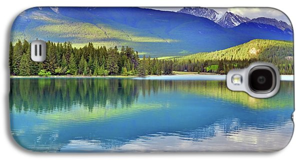 The Rockies Reflected In Lake Annette Galaxy S4 Case by Tara Turner