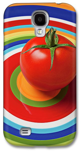 Vegetables Galaxy S4 Case - Tomato On Plate With Circles by Garry Gay