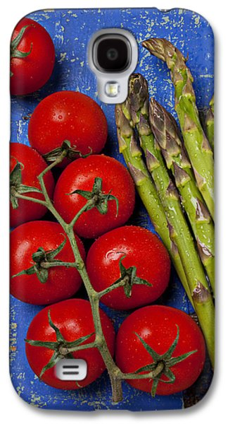 Tomatoes And Asparagus  Galaxy S4 Case by Garry Gay