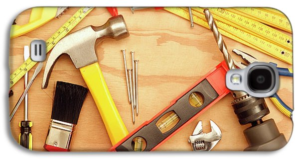 Tools Arrangement Galaxy S4 Case by Les Cunliffe