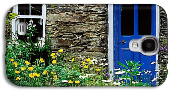 Traditional Cottage, Co Cork Galaxy S4 Case by The Irish Image Collection
