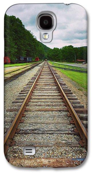 Train Tracks Galaxy S4 Case by Linda Sannuti