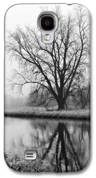 Tree Reflection In The Fox River On A Foggy Day Galaxy S4 Case