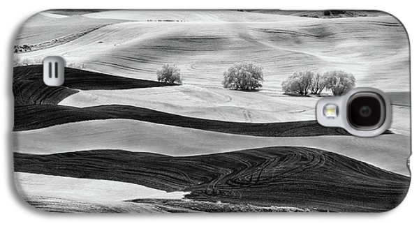 Trees In The Valley Galaxy S4 Case by Jon Glaser