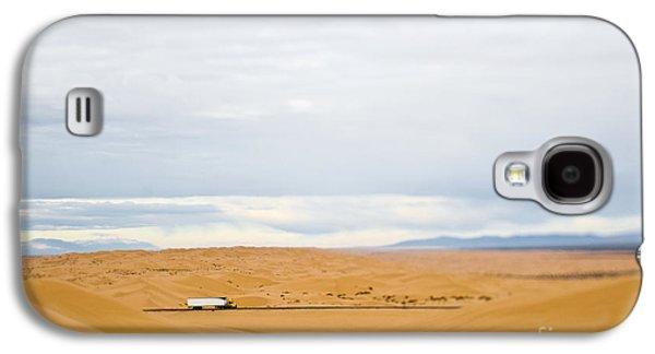 Truck Driving Through Desert Galaxy S4 Case