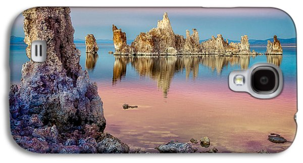 Galaxy S4 Case featuring the photograph Tufas At Mono Lake by Rikk Flohr
